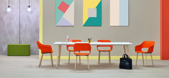 leseni stoli_plasticni stoli