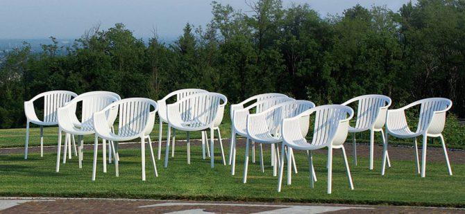 plasticni stoli_vrtni stoli_gostinski stoli