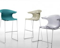 barski-stol_loop-stool_infiniti_showroom