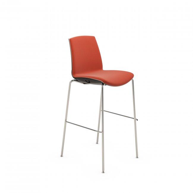 barski-stol_now-stool_infiniti_showroom_1