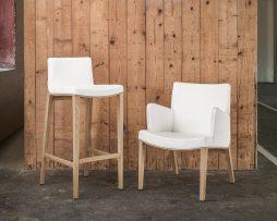 barski-stol-moritz_thonet-design_showroom_2