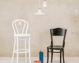 stol-dejavu-054_thonet-design_showroom_1