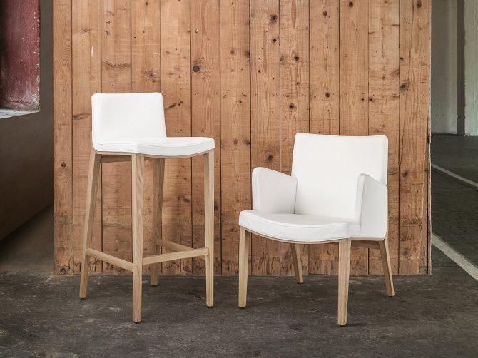 stol-moritz_thonet-design_showroom_naslonjalo_barski-stol